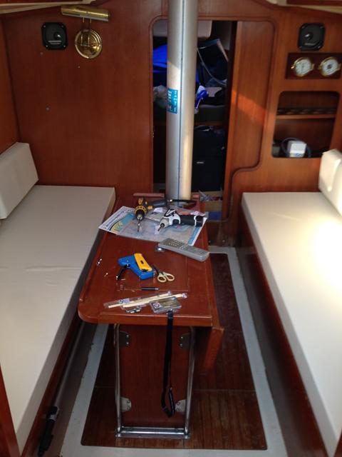 船舶・ヨットの船内ソファー、クッション交換