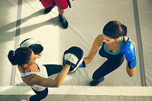 格闘技マット・レスリングマットの床材、クッション材